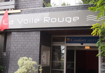 voile rouge hotel